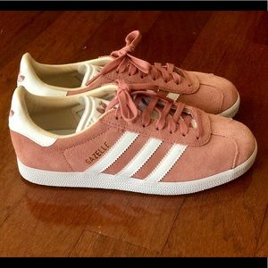 Adidas Gazelle-Blush